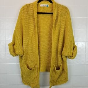 Anthro sparrow size med oversized sweater cardigan
